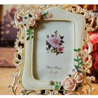Rose style photo frame