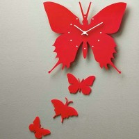 Butterfly style clock
