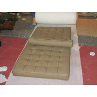 Middle Brown Barcelona Daybed
