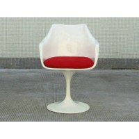 Tulip chair with arm with red cushion in white fiberglass exterior shell