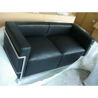 Le Corbusier Style sofa of 2 seats, loveseat LC3